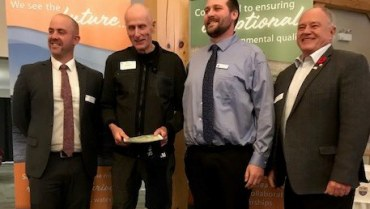 Pete Andrews Receives Special SSEA Award